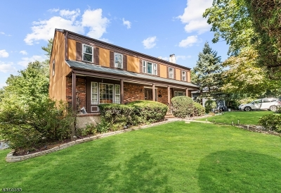 West Orange Twp. Single Family Home For Sale: 83-85 Edgewood Ave