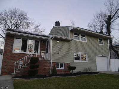 Fords Single Family Home For Sale: 80 Tracy Dr
