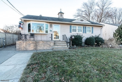 Woodbridge Twp. Single Family Home For Sale: 97 Pleasant Ave