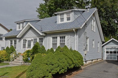 Maplewood Twp. Single Family Home For Sale: 69 S Pierson Rd
