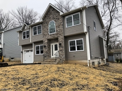 Parsippany-Troy Hills Twp. Single Family Home For Sale: 64 Midvale Ave