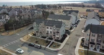 South Amboy City Condo/Townhouse For Sale: 101 Bayside Ct