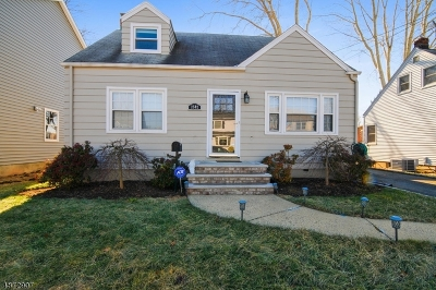 Union Twp. Single Family Home For Sale: 2592 Hamilton Ter