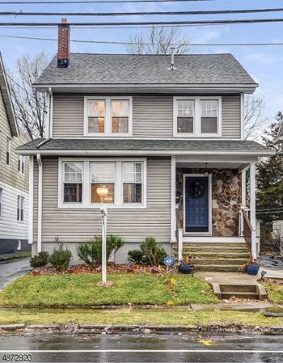 Maplewood Twp. Single Family Home For Sale: 33 Orchard Rd