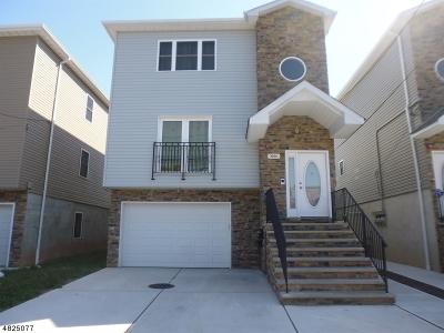 Elizabeth City Multi Family Home For Sale: 1066 E Grand St