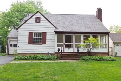 Union Twp. Single Family Home For Sale: 815 Monmouth Rd