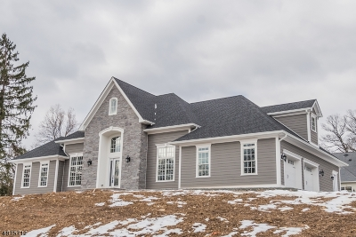 Morris Twp. Single Family Home For Sale: 9 Wyndmoor Dr