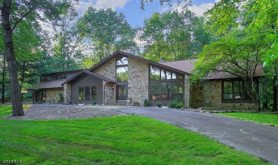 WARREN Single Family Home For Sale: 27 William Penn Rd