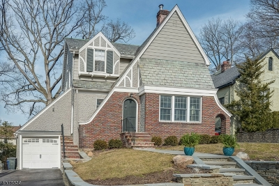 Maplewood Twp. Single Family Home For Sale: 23 Broadview Ave