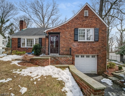 West Orange Twp. Single Family Home For Sale: 20 Woods End Rd