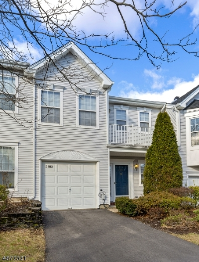 South Brunswick Twp. Condo/Townhouse For Sale: 2103 Pheasant Run