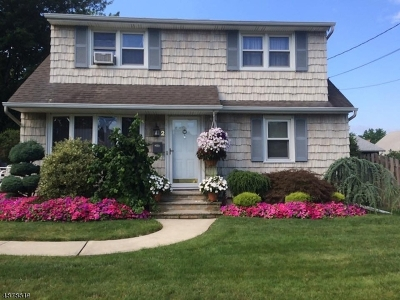Clark Twp. Single Family Home For Sale: 2 Wilshire Way