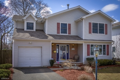 Scotch Plains Twp. Single Family Home Active Under Contract: 586 Forest Rd
