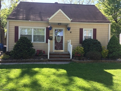 Rahway City, Rahway Single Family Home For Sale: 220 Tehama St