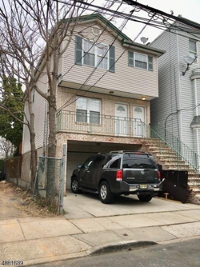 Elizabeth City Multi Family Home For Sale: 1125 Hampton Pl