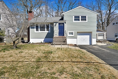 Springfield Twp. Single Family Home Active Under Contract: 124 Hawthorn Ave