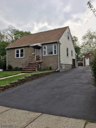 Nutley Twp. Single Family Home For Sale: 105 Walnut St