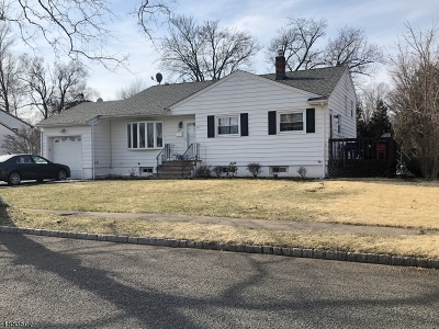 Springfield Twp. Single Family Home Active Under Contract: 60 New Brook Ln