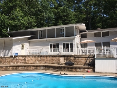 Denville Twp. Single Family Home For Sale: 1 Audubon Dr