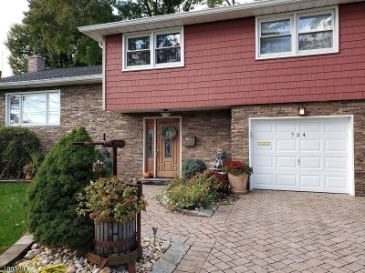Union Twp. Single Family Home For Sale: 724 Garden St