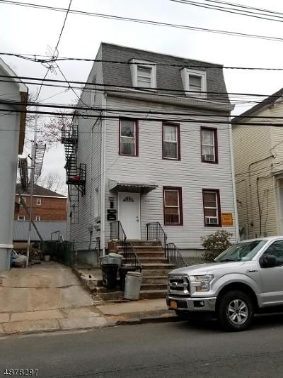 Elizabeth City Multi Family Home For Sale: 136 W Grand St