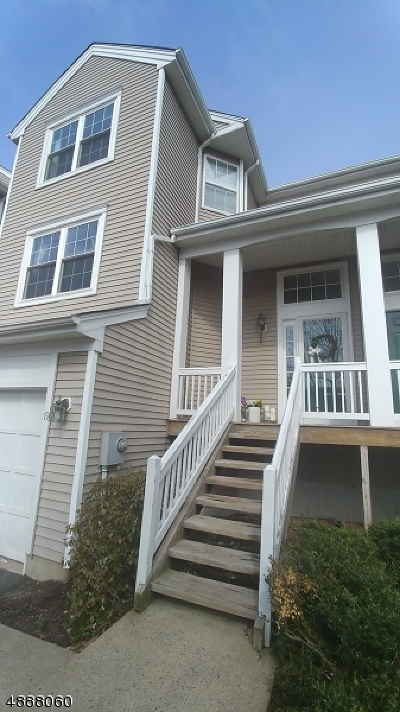 Randolph Twp. Condo/Townhouse For Sale: 19 Woodmont Dr