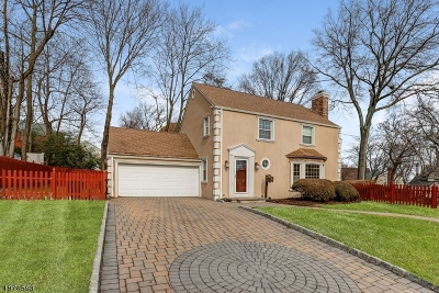 West Orange Twp. Single Family Home For Sale: 1 Lowell Pl