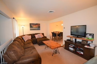 Union Twp. Condo/Townhouse For Sale: 19 Hillside Ct