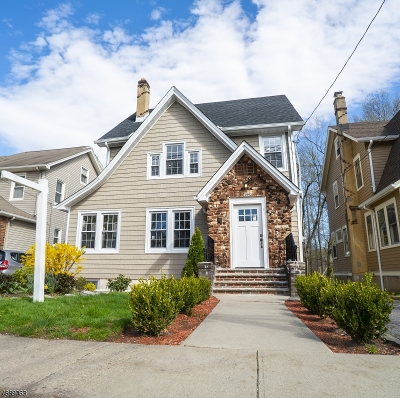Bloomfield Twp. Single Family Home For Sale: 749 Broad St
