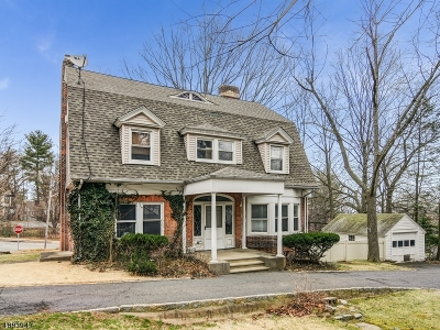 Montclair Twp. Single Family Home For Sale: 1 Walden Pl