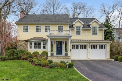 Chatham Twp. Single Family Home For Sale: 46 Edgewood Rd