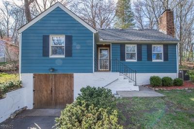 Denville Twp. Single Family Home For Sale: 69 Woodstone Rd