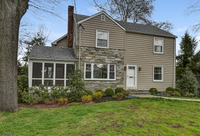 Chatham Twp. Single Family Home For Sale: 10 Lenape Trl