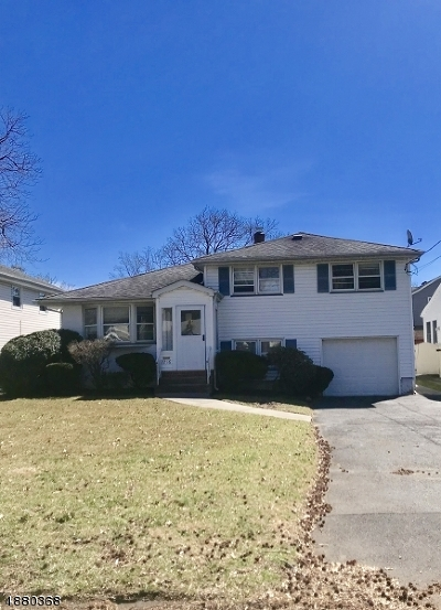 Scotch Plains Twp. Single Family Home For Sale: 2216 Lyde Pl
