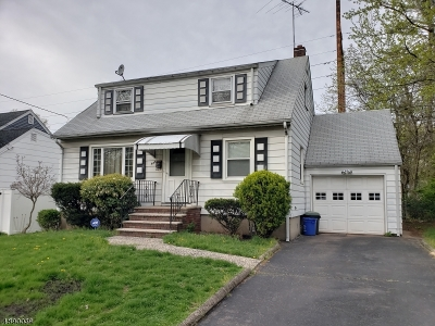 Roselle Boro Single Family Home For Sale: 445 Cristiani St