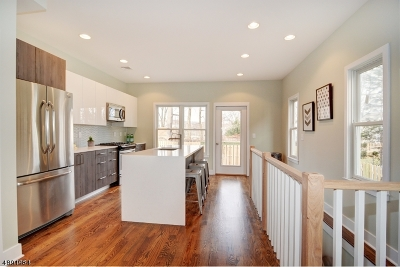 Montclair Twp. Condo/Townhouse For Sale: 94a Grove St