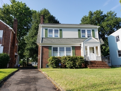 Union Twp. Single Family Home For Sale: 60 Elmwood Ave