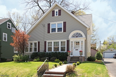 Maplewood Twp. Single Family Home For Sale: 156 Oakland Rd