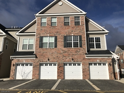 Union Twp. Condo/Townhouse For Sale: 45 Station Sq