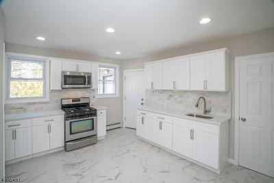 Elizabeth City Multi Family Home For Sale: 142 Park Pl