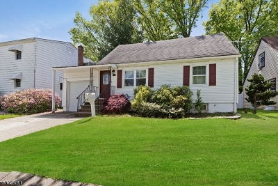 Woodbridge Twp. Single Family Home For Sale: 37 Willry St