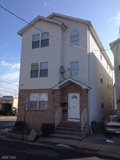 Elizabeth City Multi Family Home For Sale: 495 Catherine St