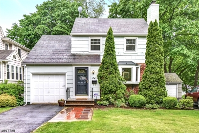 Maplewood Twp. Single Family Home For Sale: 64 Midland Blvd