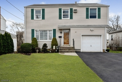 CLARK Single Family Home For Sale: 5 Crestwood Ln