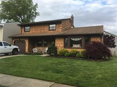Woodbridge Twp. Single Family Home For Sale: 6 Ridgedale Pl