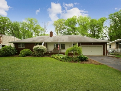 CLARK Single Family Home For Sale: 54 Fairview Rd