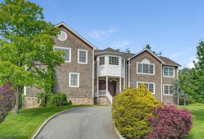 Millburn Twp. Single Family Home For Sale: 1 Kean Rd