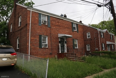 Hillside Twp. Multi Family Home For Sale: 1574-76 Clinton Pl