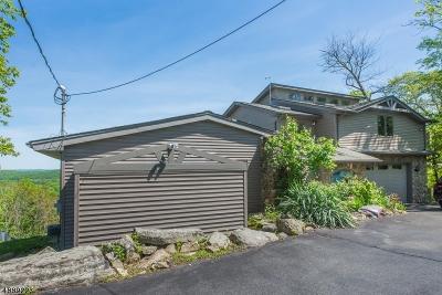 Denville Twp. Single Family Home For Sale: 124 Hillcrest Dr
