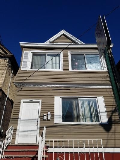 Elizabeth City Multi Family Home For Sale: 619 Court St